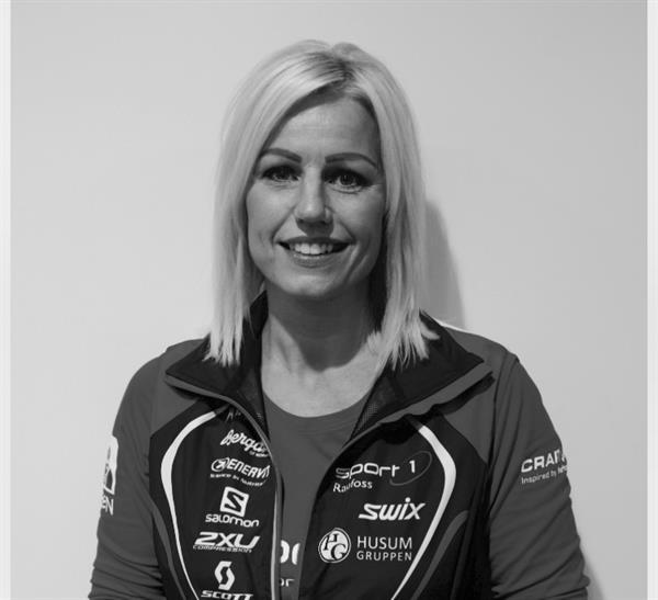 Kristin Aas Aaram SortHvitt